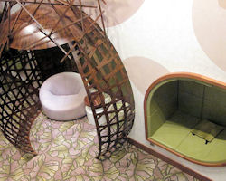 The Hideaway ist ein Rückzugsort im Stil eines Baumhauses.